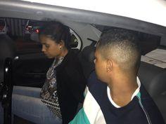 Suspeitos de sequestro relâmpago em Botucatu são detidos na Castelo Branco pela Polícia Rodoviária -   A Polícia Militar Rodoviáriaprendeu na noite deste sábado, 17, cinco pessoas suspeitas de participarem do um sequestro relâmpago em Botucatu. Os elementos roubaram uma caminhonete Toyota Hilux com a vítima, um dosproprietários de um açougue na Cohab I, deixando-os posteriormente na Rodo - http://acontecebotucatu.com.br/policia/suspeitos-de-sequestro-re