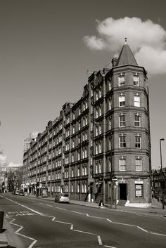 Now: Victoria Mansions on the South Lambeth Road, Vauxhall. By me.