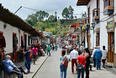 Take these tips and pieces advice about safety in Colombia from regular suitcase packer and Colombia enthusiast, Sarepa. Colombia Travel, Stay Safe, Travelling, Street View, Colombia
