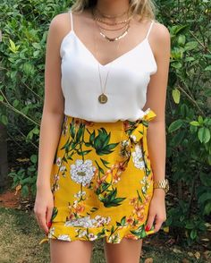 35 Casual Summer Outfits Ideas for Women To Wear Casual Summer Outfits Ideas for Women To Wear Sandals of Wonderment is one of my favorite outfits for women because it perfectly blends with everything. I love to wear short skirt, long skirt, and Summer Outfits For Teens, Casual Summer Outfits, Spring Outfits, Dresses For Summer, Outfits 2016, Beach Outfits, Holiday Outfits, Summer Clothes, Lovely Dresses