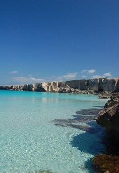 Il mare blu di Favignana Italy