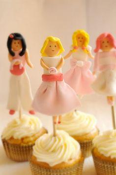 Girl Cupcake topper - tutorial