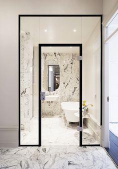 ______Thiết kế cửa kính____ Bathroom Bliss. Walk-in shower by Jordens Arkitekter / Östermalm, Private Home.