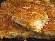 Homemade and very tasty pie with feta, milk and puff pastry. Ideal Breakfast, snack or first course. Greek Pastries, Savory Muffins, Cheese Pies, Greek Cooking, Appetisers, Mediterranean Recipes, Sweet And Salty, Greek Recipes, Dessert Recipes