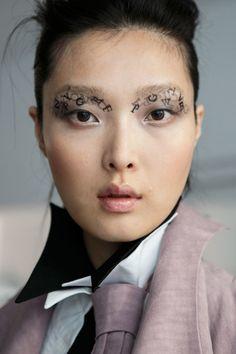 Spring 2016 Fashion Week Hair and Makeup | POPSUGAR Beauty