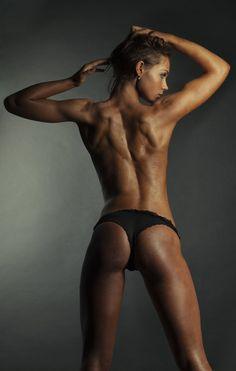 Female Fitness Motivators: Photo