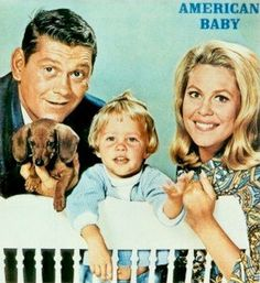 """Elizabeth Montgomery, Erin Murphy, and Dick York in """"Bewitched"""" Still my favorite show. Elizabeth Montgomery, Vintage Dachshund, Dachshund Love, Daschund, Agnes Moorehead, Dog Love, Puppy Love, Chihuahua, Photo Vintage"""