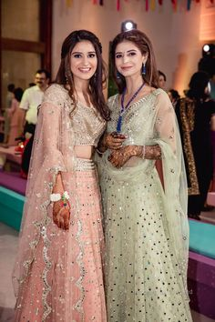 Boisterous Ludhiana Wedding of a Decorator Bride in Jaw-Dropping Looks Latest Bridal Lehenga, Designer Bridal Lehenga, Wedding Dresses For Girls, Bridal Dresses, Girls Dresses, Formal Dresses, Indian Fashion Dresses, Dress Indian Style, Indian Outfits