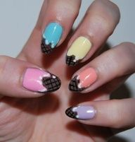 Detailed nail art can be all the accessory you need http://www.profitclicking.com/?r=violapc