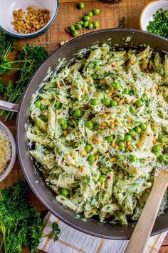 These summer vegetarian recipes are guaranteed to be easy and delicious! From simple vegan summer pasta to vegetarian tacos there's something for everyone! Summer Vegetarian Recipes, Veggie Recipes, Cooking Recipes, Healthy Recipes, Healthy Vegetarian Dinner Recipes, Vegetarian Sandwiches, Vegetarian Tacos, Vegetarian Barbecue, Going Vegetarian
