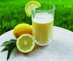 Fasting with Almased - Almased Smoothie Prep, Smoothie Drinks, Smoothie Recipes, Shake Recipes, Diet Recipes, Almased Recipes, Fat Coffee, Homemade Vegetable Broth, Blender Bottle