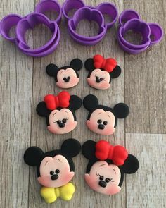 New Cupcakes Fondant Disney Polymer Clay Ideas Fimo Disney, Polymer Clay Disney, Polymer Clay Crafts, Diy Clay, Fiesta Mickey Mouse, Mickey Mouse Cake, Baby Mickey, Fondant Cupcakes, Fun Cupcakes