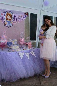 Mesa de dulce para fiesta temática de Princesa Sofia