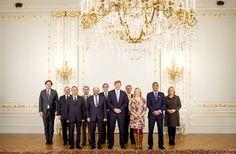 DEN HAAG - Koning Willem-Alexander heeft donderdag,3-12-2015  heel wat bezoek gekregen. Hij ontving de fractievoorzitters van het Europees Parlement onder leiding van voorzitter Schulz, zo heeft de Rijksvoorlichtingsdienst laten weten.