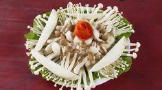 Lưu ý khi sử dụng nấm khi ăn lẩu - http://congthucmonngon.com/135317/can-trong-khi-su-dung-nam-khi-an-lau.html