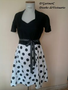 Vestido años 50' de mi colección.