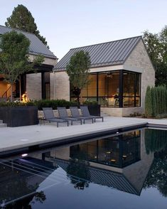 Modern Barn House, Modern House Design, Contemporary Design, Contemporary Kitchens, Contemporary Architecture, Modern Farmhouse Exterior, Dream House Exterior, House Exterior Design, Facade Design