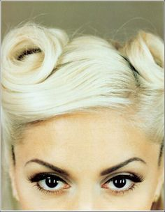 Gwen Stefani - Photo posted by lebourgeois56 - Gwen Stefani - Fan club album