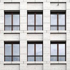 Facade of the Haus am Max Reinhardtplatz in Berlin by KLeihues + Kleihues Architekten. Photo taken from the Deutsches Architektur Forum, edited by NOMAA marco jongmans.