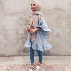 Hijab style for summers summer fashion стили хиджабов, мода Modern Hijab Fashion, Street Hijab Fashion, Islamic Fashion, Muslim Fashion, Modest Fashion, Casual Hijab Outfit, Hijab Chic, Ootd Hijab, Mode Outfits
