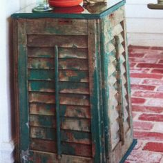 Table made out of old shutters, SO going to make this!