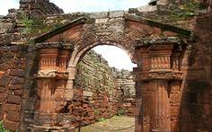 """""""Portal De Las Ruinas De San Ignacio"""""""" en Misiones, Argentina"""
