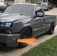 This kind of car is my dream car. So trendy Chevrolet Silverado, Chevy Silverado Single Cab, Silverado Truck, Chevy S10, Chevy Pickups, Chevy Bronco, Chevy Trucks Lowered, Custom Chevy Trucks, Chevy Pickup Trucks
