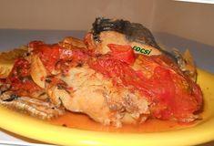 Reteta culinara File de cod cu cartofi si rosii la cuptor din categoria Peste. Specific Romania. Cum sa faci File de cod cu cartofi si rosii la cuptor Favorite Recipes, Beef, Chicken, Food, Meat, Essen, Meals, Yemek, Eten