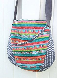 Oval Messenger Bag - Free PDF Sewing Pattern