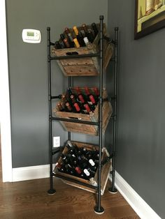 Vintage Industrial Decor DIY Wine rack from pipes and old milk crates. {wine glass writer} - Wine rack from pipes and old milk crates Home Bar Decor, Unique Home Decor, Kitchen Decor, Kitchen Wine Rack Diy, Kitchen Ideas, Dyi Wine Rack, Kitchen Storage, Homemade Wine Rack, Diy Rack
