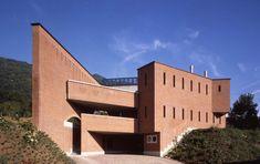House, Manno Switzerland (1974-1990) | Mario Botta | Photo © Pino Musi