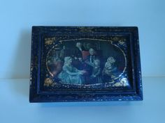 FRENCH LARGE BOX 1900 LITHOGRAPHED SHEET METAL ROMANTIC DECOR