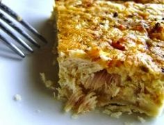 Everyone has heard of a quiche lorraine . But have you ever heard of a tuna quiche ? In France, we conjugate quiches in many flavors: with. Low Carb Recipes, Snack Recipes, Cooking Recipes, Yummy Recipes, Recipies, Tuna Recipes, Snacks, Brunch Recipes, Seafood Recipes