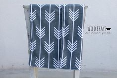 "1 DOUBLE-SIDED medium/large ""arrows white and gray"" baby blanket {size 26""x37""} fabric print on front and back."