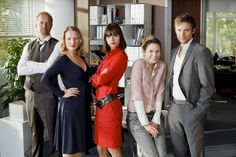 #Sekretärinnen - Überleben von 9 bis 5: Alle #Infos zur #Serie #RTL #Comedy › Stars on TV