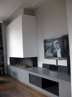 Discover the joy of a good old-fashioned fire with the top 70 best modern fireplace design ideas. Explore luxury built-in features for your home interior. Living Room Decor Fireplace, Fireplace Tv Wall, Simple Fireplace, Living Room Tv, Fireplace Design, Home And Living, Fireplace Modern, Fireplace Ideas, Farmhouse Fireplace