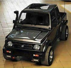 this would be my choice for color of a repainted jeep for me if i Jeep Suzuki, Suzuki Sj 410, Suzuki Cars, Suzuki Vitara 4x4, Jimny Suzuki, Jimny 4x4, Pajero Sport, Offroader, Jeep Wrangler Unlimited