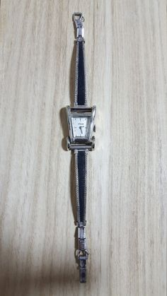 Check out this item in my Etsy shop https://www.etsy.com/listing/493684107/jaeger-lecoultre-vintage-womens-watch