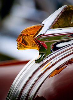 ..._Art Deco Hood Ornament ~ Pontiac