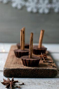 spiced cocoa lollipops