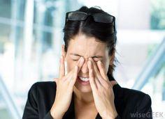 5 Bad Habits that cause vision damage