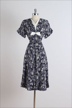 Stormy Seas . vintage 1940s dress . vintage by millstreetvintage