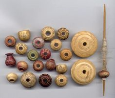 spinning whorls and spindle