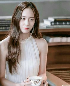 Discover recipes, home ideas, style inspiration and other ideas to try. Krystal Jung, Jessica & Krystal, Jessica Jung, Bride Of The Water God, Fashion Beauty, Girl Fashion, Korea Fashion, The Most Beautiful Girl, Korean Actresses