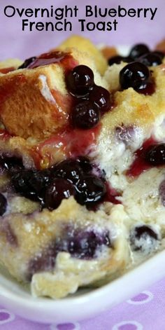 Easy and delicious recipe for Overnight Blueberry French Toast- the perfect breakfast casserole recipe for a holiday breakfast or family gathering. Blueberry French Toast Casserole, Overnight Blueberry French Toast, French Toast Bake, Overnight Breakfast, Overnight French Toast Casserole, Blueberry Breakfast, Blueberry Bread, Breakfast Dishes, Breakfast Recipes