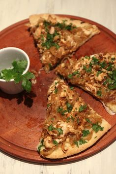 Grain-free Caramelized Onion and Chicken Pizza
