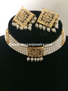 Dual hyderabadi indian choker / short necklace with square pendant and earrings in jadau style - Deccan Pearls and Jewellery Gold Earrings Designs, Gold Jewellery Design, Necklace Designs, Gold Jewelry, Pearl Jewelry, Fancy Jewellery, Jewellery Rings, Antique Jewellery, Diamond Jewellery