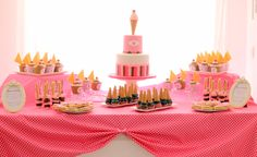 mesa dulce temática helados y rosa