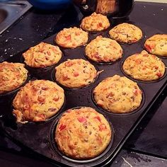 Pizza muffins, ww suitable, a very tasty recipe from the breakfast category. Ratings: Average: Ø Pizza muffins, ww suitable, a very tasty recipe from the breakfast category. Snacks Pizza, Pizza Recipes, Mexican Food Recipes, Snack Recipes, Yummy Snacks, Healthy Snacks, Yummy Food, Pizza Hut, Muffins Sains