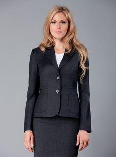 #DDAtelier Wool London Jacket: For women with a big bust: http://dd-atelier.com/Wool-London-Jacket-Clothes-for-women-with-big-bust.html